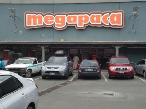 Megapaca 41, CC Gran Plaza